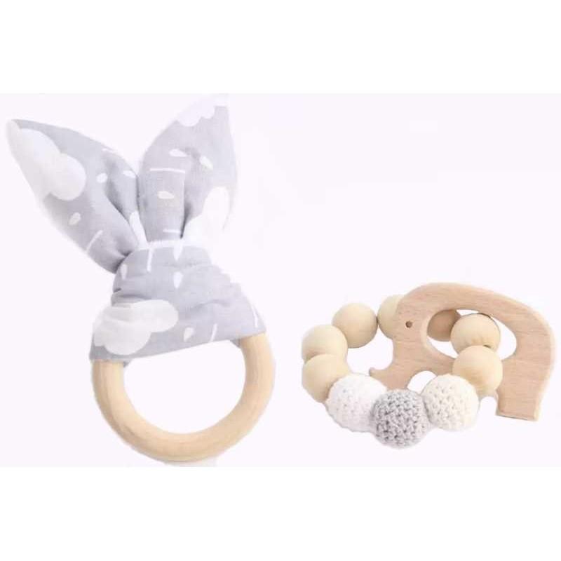Hochets-perles-en-bois-personnalisable-Jouet-de-dentition-lapin-blanc-gris-personnalise