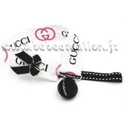 accroche-tetine-personnalisé-ruban-Gucci-rose-blanche